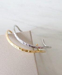 Metal bangle