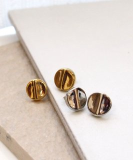Simple design pierce