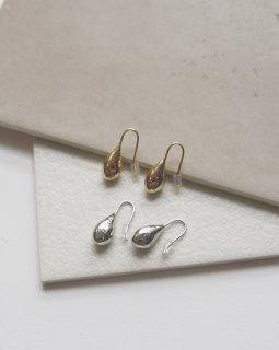Plumply  metal pierce