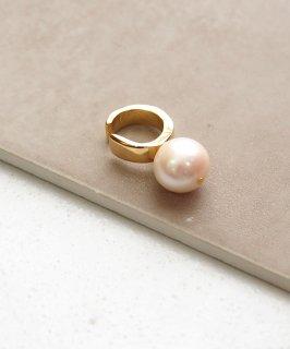 Freshwater pearl ear cuff