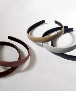 mille blanc / leather hair band