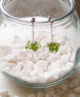 Color pebble pierce