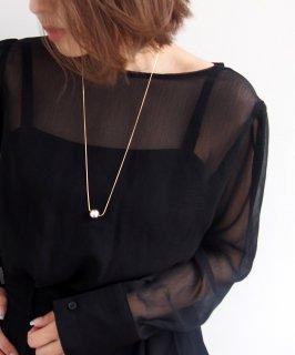 Silver color ball necklace