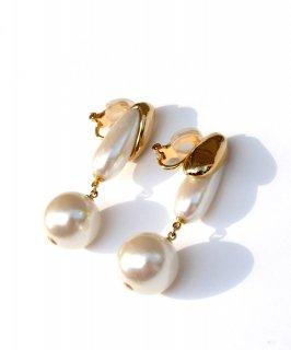 Metal×drop pearl earring
