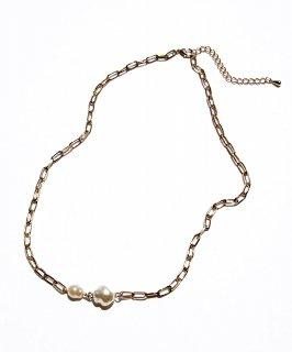 Design pearl necklace