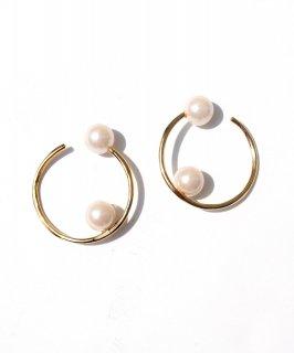 Pair pearl ear cuff