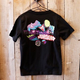 <img class='new_mark_img1' src='https://img.shop-pro.jp/img/new/icons20.gif' style='border:none;display:inline;margin:0px;padding:0px;width:auto;' />【セール】【ボーイズ】Nike Jordan Brand(ナイキ ジョーダンブランド):プリントTシャツ