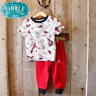 【ボーイズ】Nike Jordan Brand(ナイキ ジョーダンブランド):セットアップ(Tシャツ+スウェットパンツ)