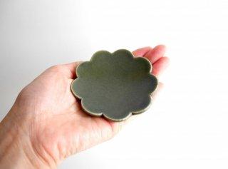 輪花皿� 深緑 豆 ゆら窯