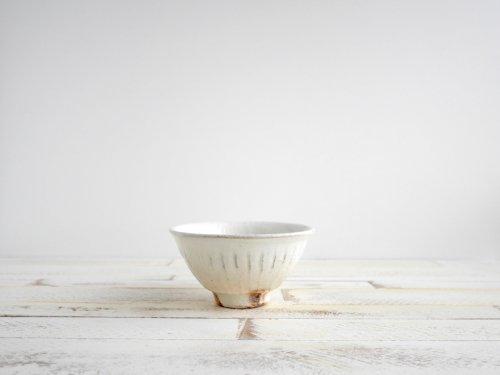 鉄散 線彫めし碗小 古谷製陶所
