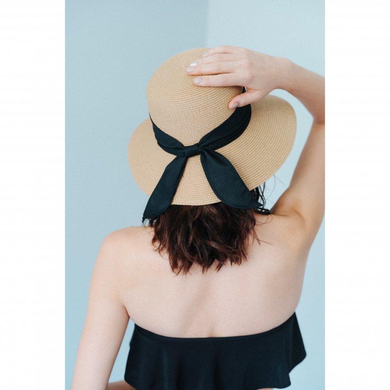 Back Ribbon Audrey Hat