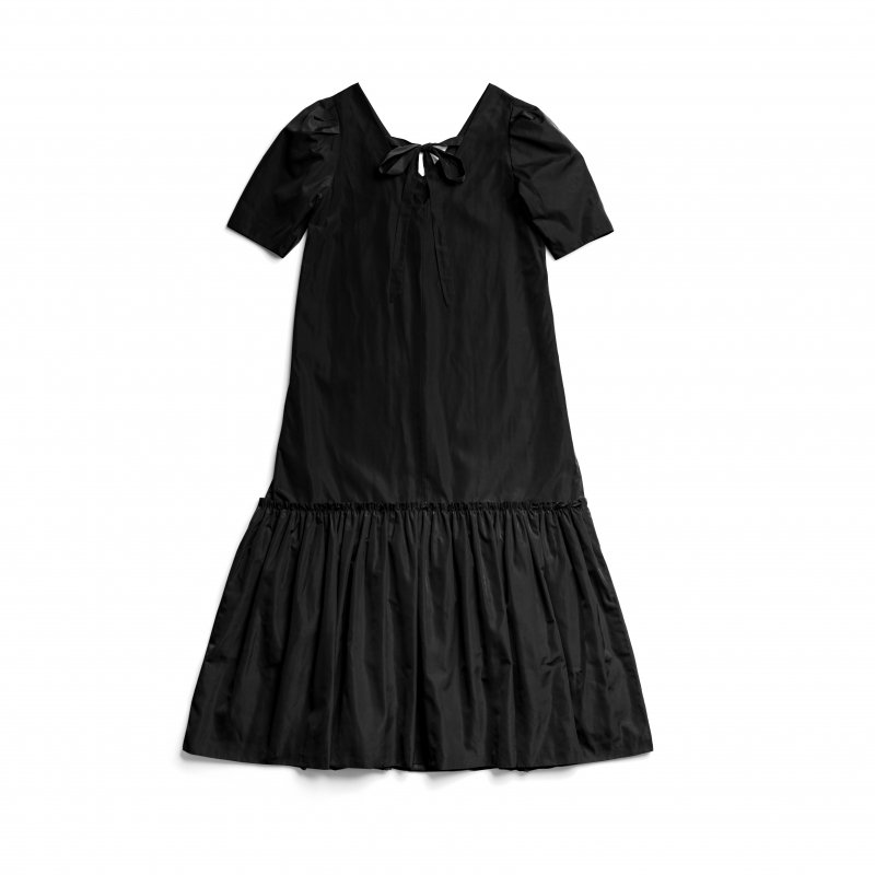Back Ribbon Taffeta Maxi Dress(Black)