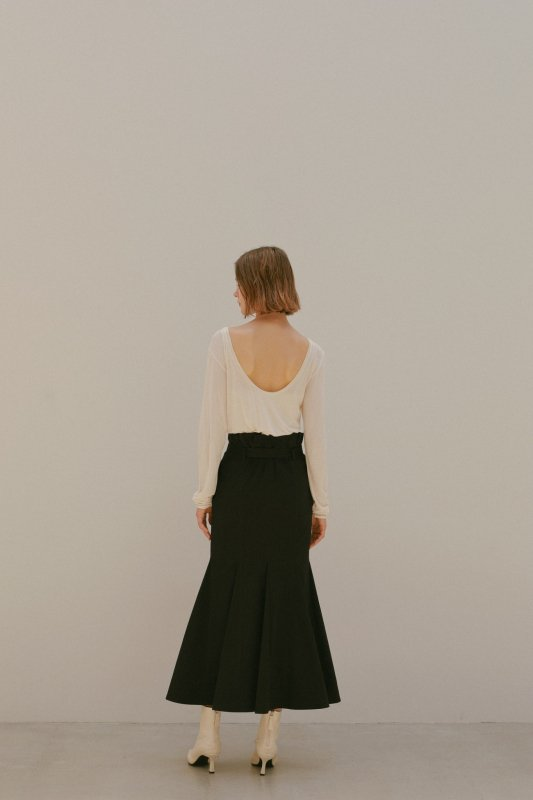 Back Open Shear Top(Off White)