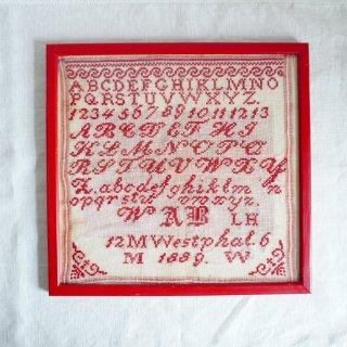 ハンガリーのヴィンテージ刺繍ABCサンプラー フレーム入り