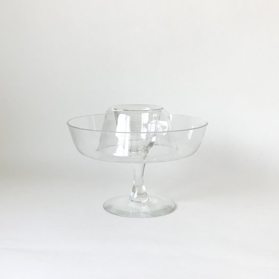 GLASS DONUTS STAND