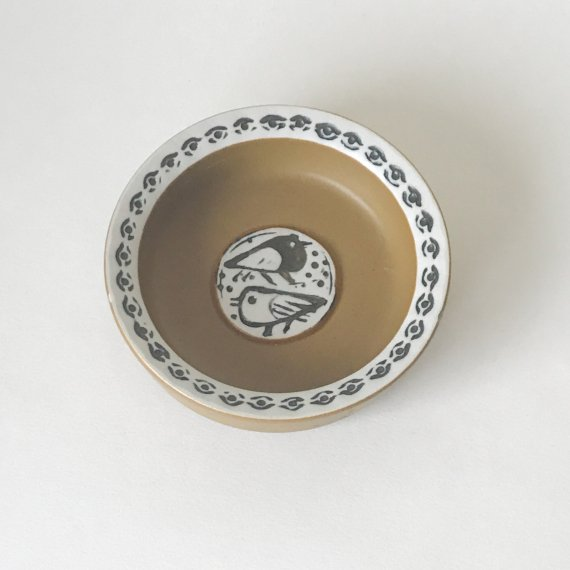 LISA LARSON<br>THALIA BIRD ASHTRAY
