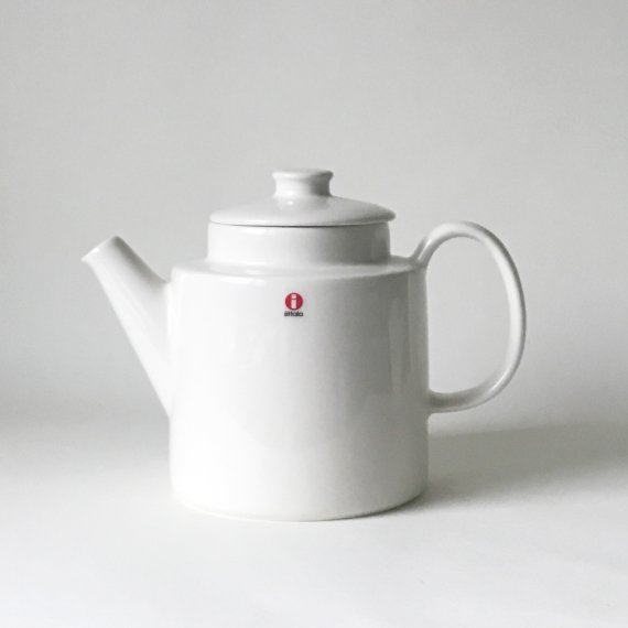 ARABIA TEEMA TEA POT