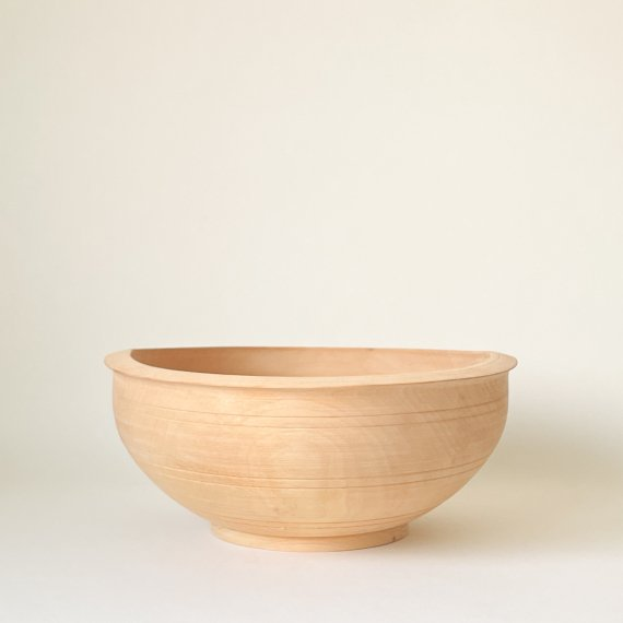 <img class='new_mark_img1' src='https://img.shop-pro.jp/img/new/icons6.gif' style='border:none;display:inline;margin:0px;padding:0px;width:auto;' />BIRCH WOODEN BOWL - L
