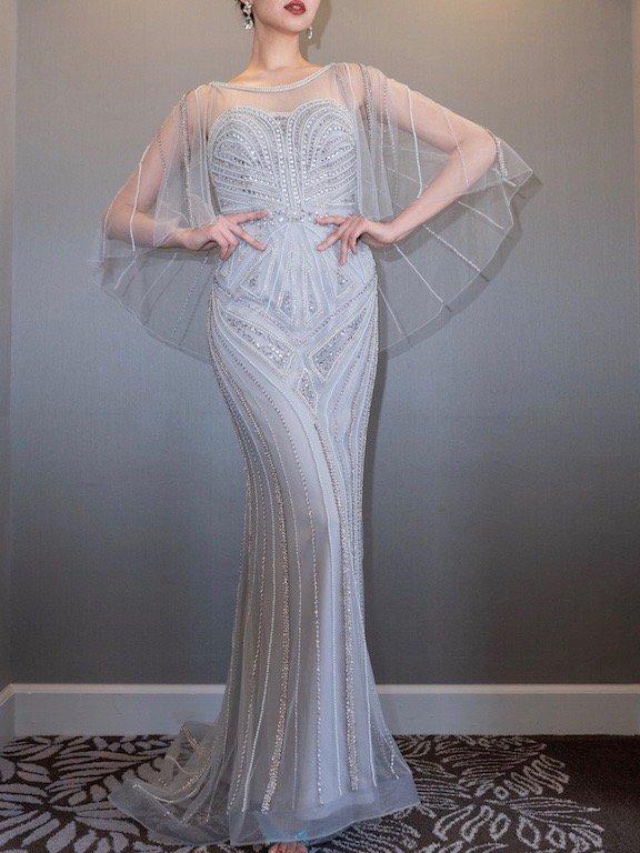 シルバービージングミドルケープドレス