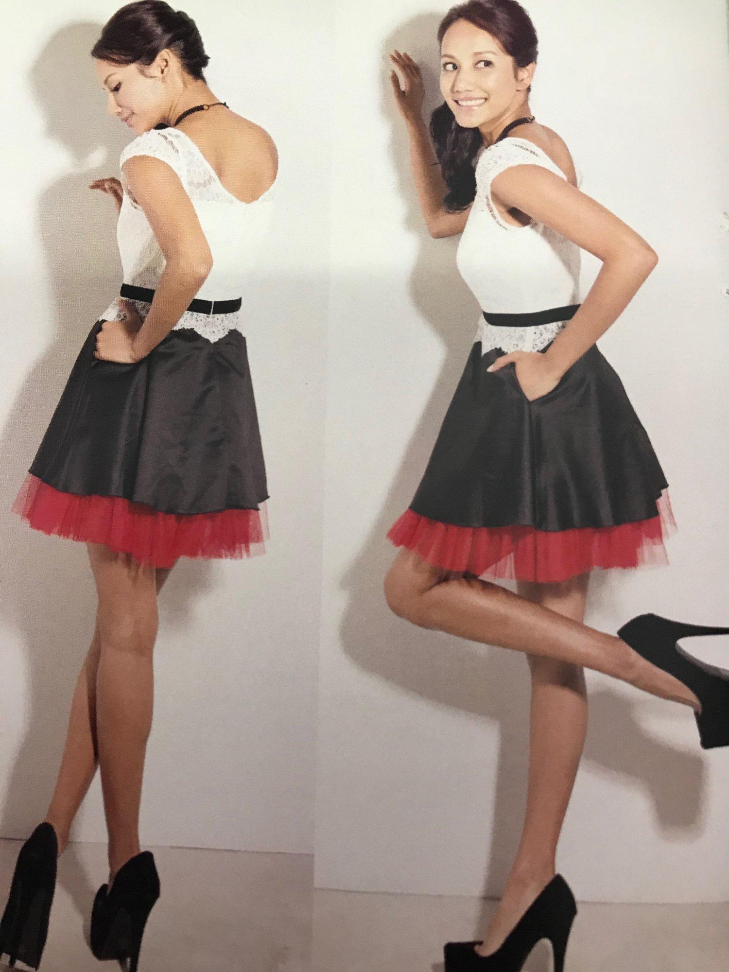 レッドチュールヘムドレス
