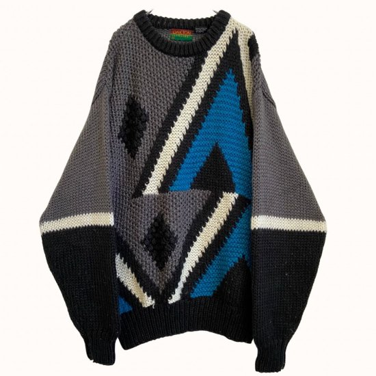 abstract design low gage knit