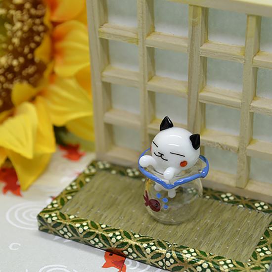 【ガラス細工】金魚鉢ハマリシロネコ