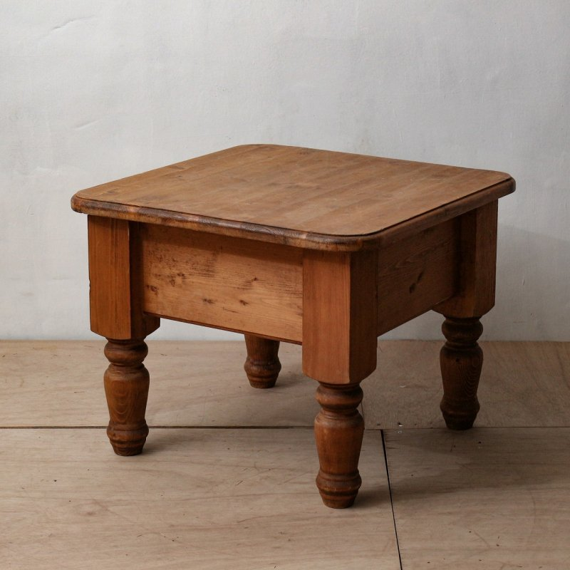 WOOD COFFEE TABLE<br>ヴィンテージ ウッドコーヒーテーブル