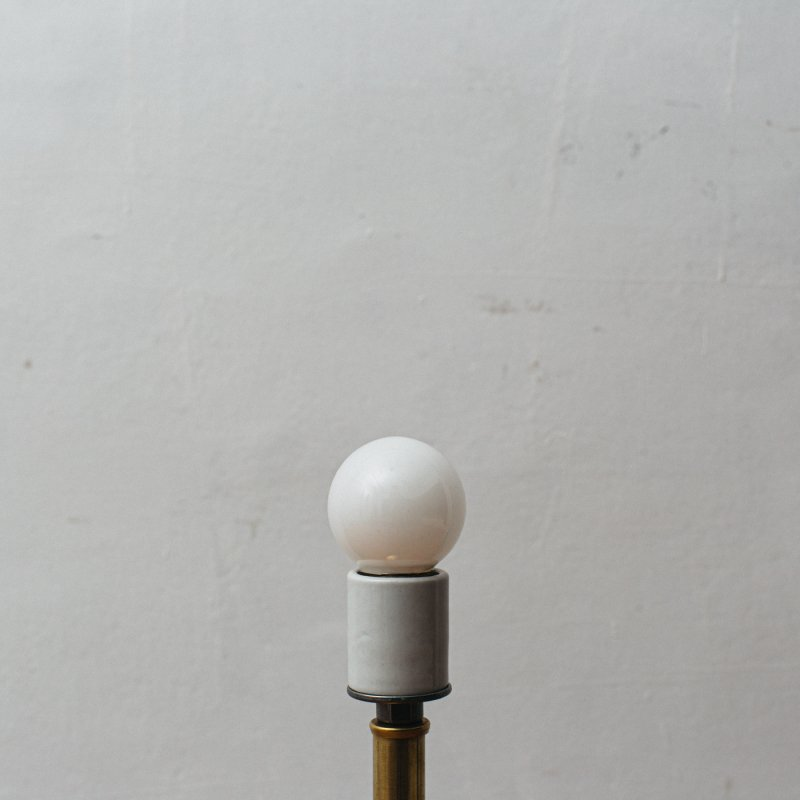 LAMP BULB E26 40W - WHITE BALL<br>白熱電球 E26 40W ホワイト