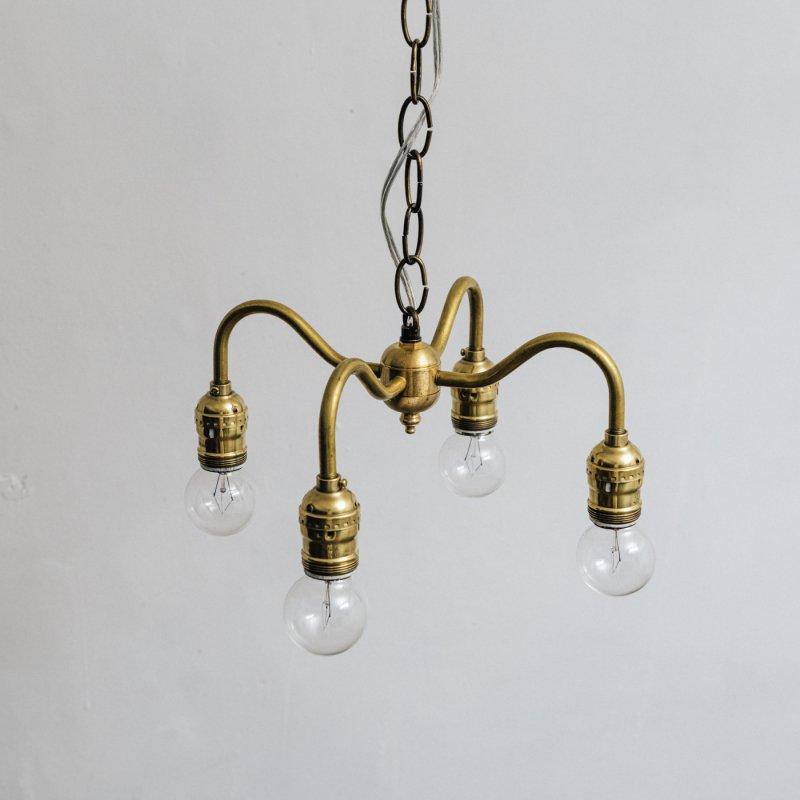 OPL005B<br>4 BULBS LIGHT / 真鍮4灯照明