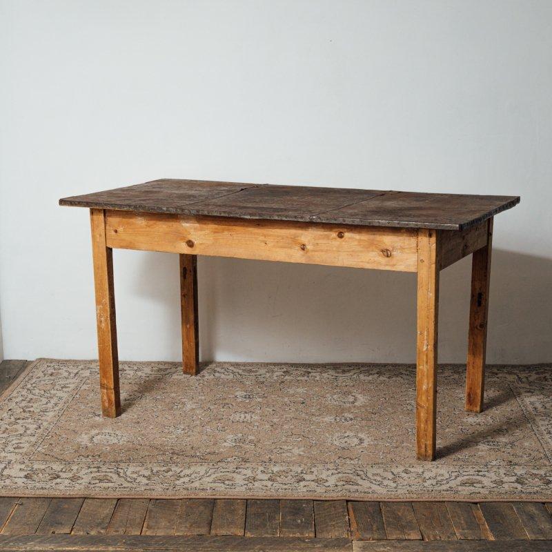 IRON TOP TABLE <br> ヴィンテージ アイアントップ テーブル