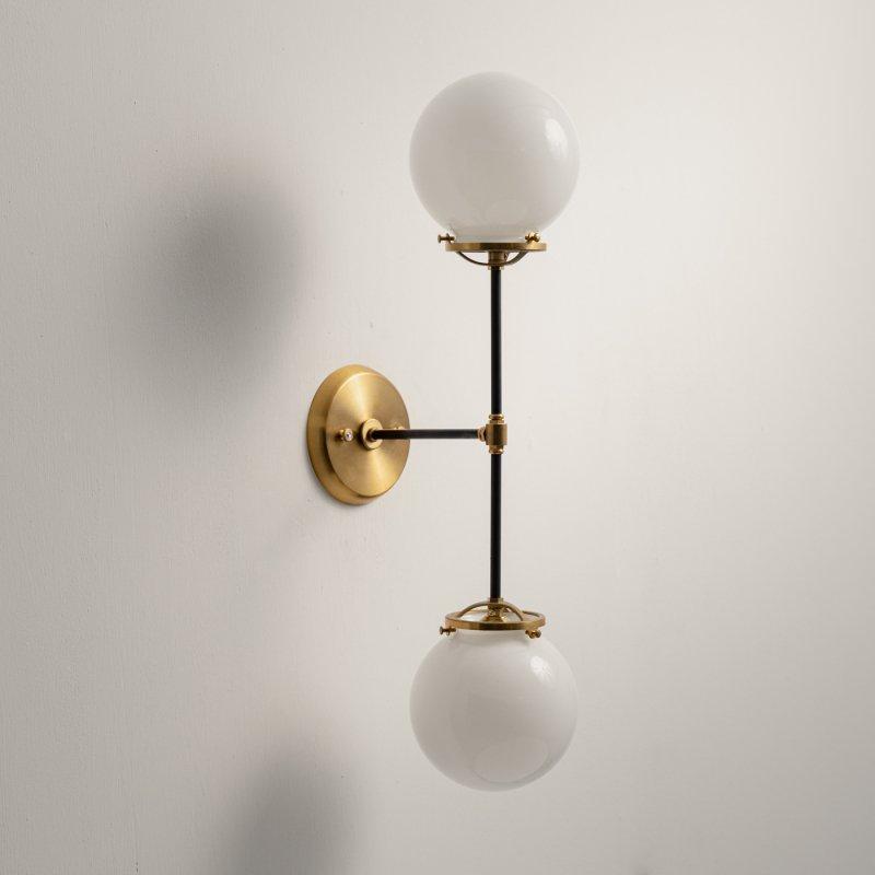【再入荷】OBL048B-WH<br>2 GLASS SHADE BRACKET LAMP / 真鍮2灯ガラスシェードブラケットランプ