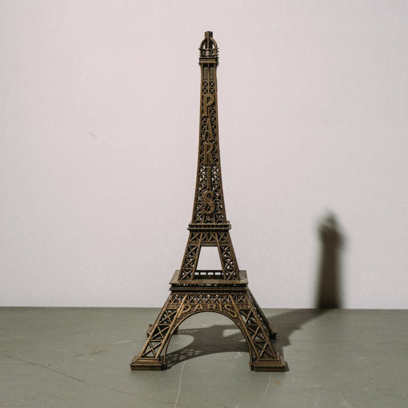 <img class='new_mark_img1' src='https://img.shop-pro.jp/img/new/icons23.gif' style='border:none;display:inline;margin:0px;padding:0px;width:auto;' />EIFFEL TOWER OBJECT <br>エッフェル塔 オブジェ