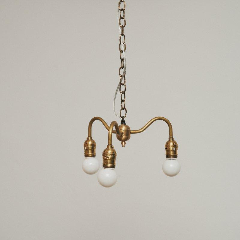 OPL004C<br> 3 BULBS LIGHT / 真鍮3灯照明