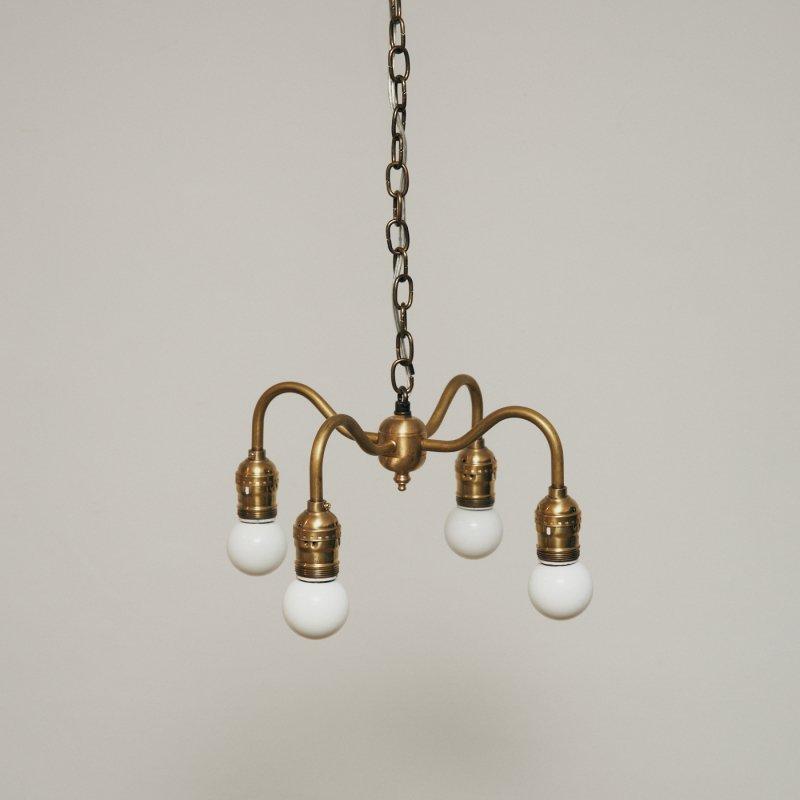 OPL005C<br>4 BULBS LIGHT / 真鍮4灯照明