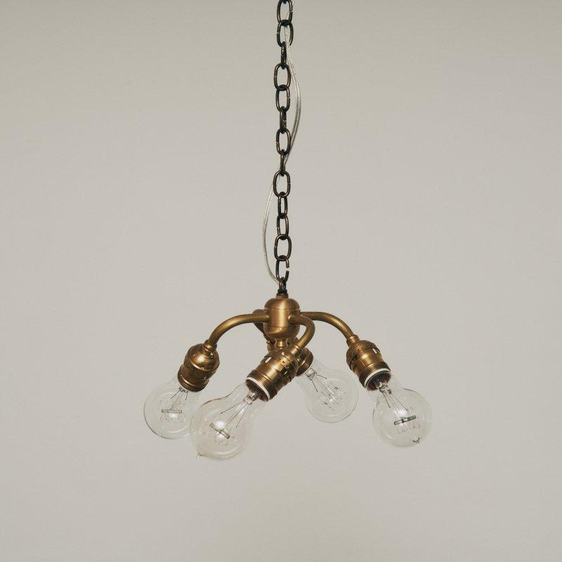 OPL061B<br>4 BULBS LIGHT / 真鍮4灯照明