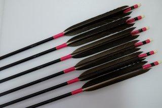 黒手羽 ジュラルミン矢6本セット ピンク色糸 黒シャフト