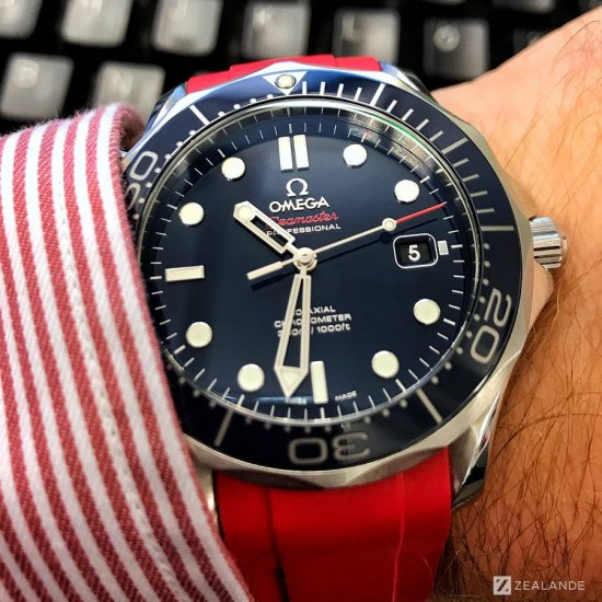 ラバーベルト:オメガシーマスター OMEGA Seamaster Diver 300m Co-Axial 41mm  Blue Ceramic用