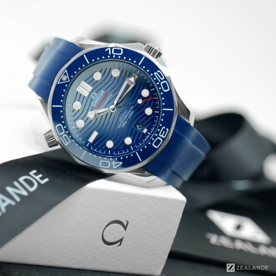 ラバーベルト:オメガシーマスター OMEGA Seamaster Diver 300m Co-Axial 42mm  Blue Ceramic用