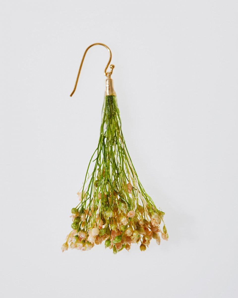 「かすみ草の花束」ピアス - ¥4,290