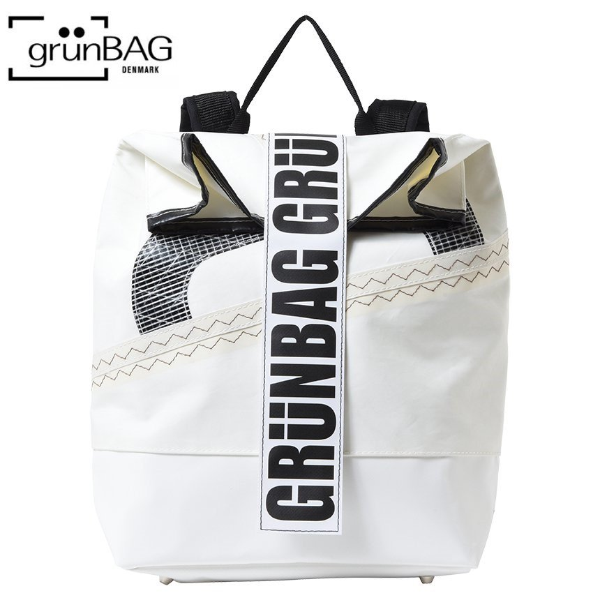 <img class='new_mark_img1' src='https://img.shop-pro.jp/img/new/icons24.gif' style='border:none;display:inline;margin:0px;padding:0px;width:auto;' />Sails Back Pack Velcro