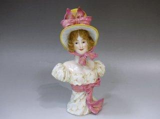 マイセン人形「ボンネットを被った貴婦人」胸像