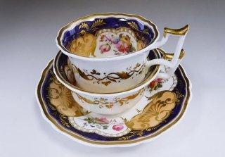 イギリス イェーツ 花紋 2カップ&1ソーサートリオ