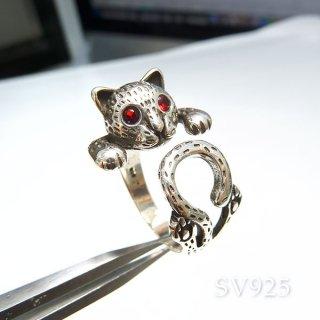 ネコに包まれるリング� SV925 acc_ring_cat_04