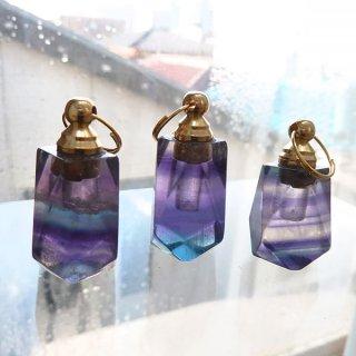 フローライト 香水ボトル ペンダントトップ スクエアカット flo_top_puf_02