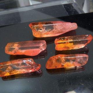 【1粒売り】水晶原石 ポイント レッドオレンジ わけあり cry_pt_w_ro