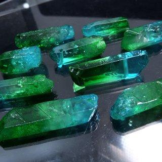 【1粒売り】水晶原石 ポイント ブルーグリーン わけあり cry_pt_w_bg