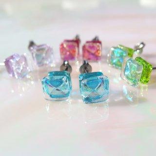 【種類選べます!】誕生石ガラス『ほうせき』チタンピアス【樹脂、ノンホール選べます】【受注制作】