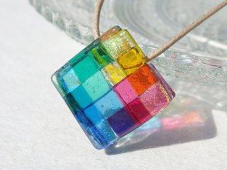 幸せガラス『しあわせ【虹】』ネックレス【大きさ選べます】【紐の色、長さ選べます】【受注制作】