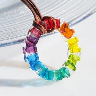 ガラスの輪『リング【虹】』ネックレス【厚み選べます】【紐の色、長さ選べます】【受注制作】