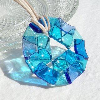 ガラスの万華鏡『カレイドスコープ【ソーダ】』ネックレス【紐の色、長さ選べます】【受注制作】